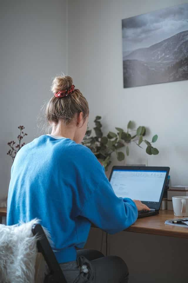 Blog Writers fro Hire at content clerks